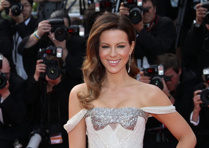 kate beckinsale iq
